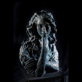 Il mio mondo scultura in bronzo di Lorenzo Cascio
